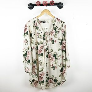 Tops - Floral printed lace up blouse